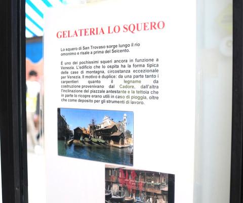Nota storica affissa nel bar a fianco della galleria